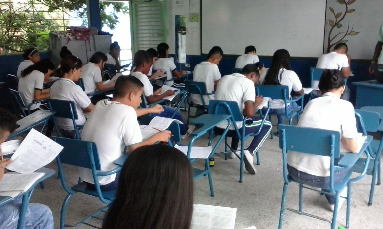 Secretaría de educación espera directriz del Ministerio para recuperar clases los sábados