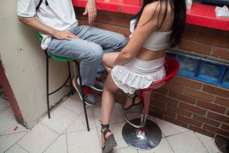 ejerciendo sinonimos cuadros de prostitutas