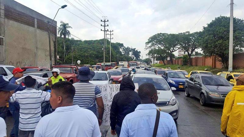 Empleados de empresa Ferrocarril del Pacífico protestan por falta de pagos