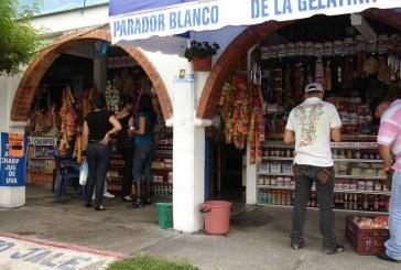 Hinchas de América y Cali se enfrentaron con machetes en el Parador de la Gelatina