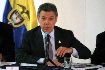 Presidente Santos avaló pago de horas extras nocturnas desde las 9 p.m.
