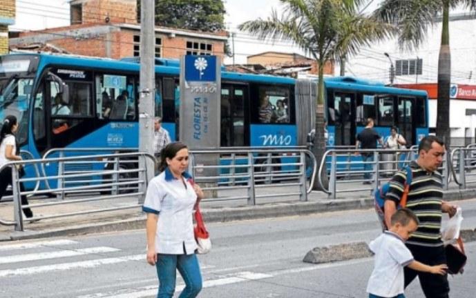 Vendedores informales serán carnetizados para poder trabajar: Alcalde de Cali