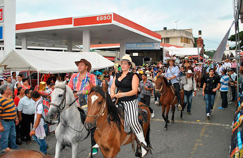 Hombre murió tras accidente en cabalgata de la Feria de Buga