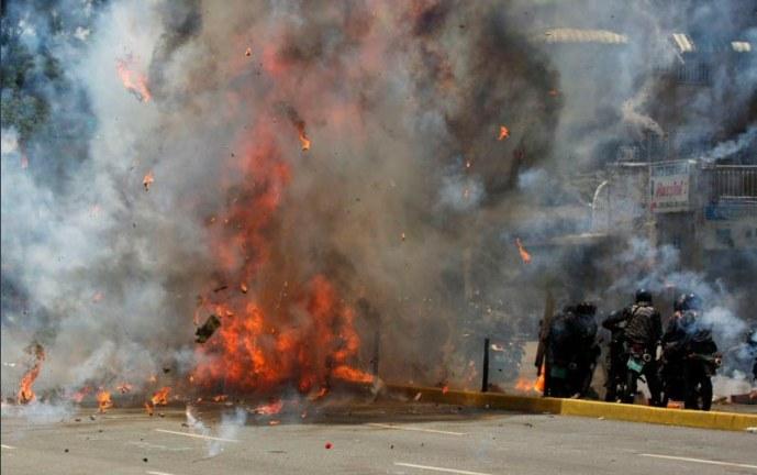 Fuertes enfrentamientos en Venezuela durante elección de Asamblea Nacional Constituyente