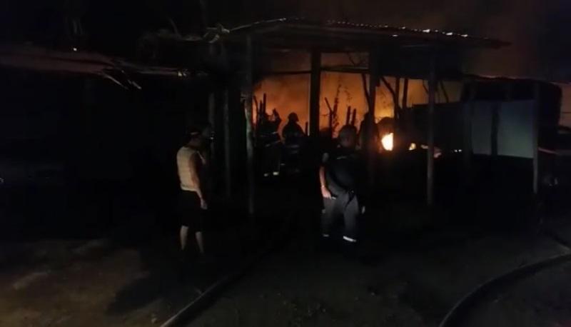 Perro de raza peligrosa atacó a personas que apagaban incendio en Yumbo
