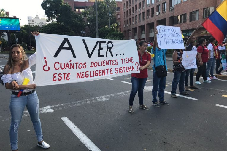 usuarios-de-cafesalud-cali-protestan-incumplimiento-programas-salud-18-07-2017