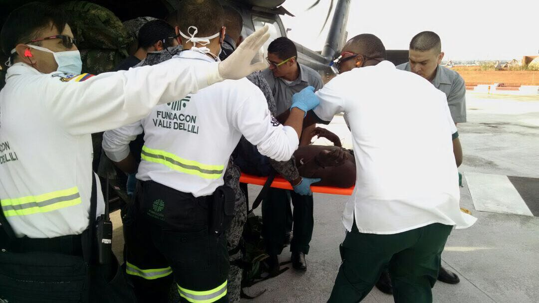 Fuerza Aérea rescata a soldado y dos guerrilleros del ELN heridos en combate
