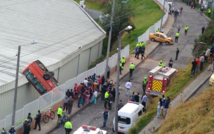 Accidente de bus de Sistema Integrado de Transporte dejó once heridos en Pasto