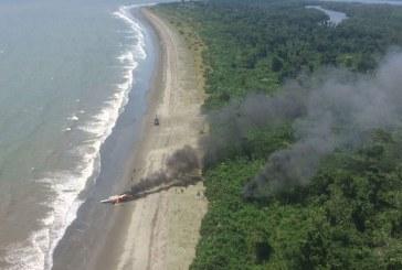 Aeronave al servicio del narcotráfico fue destruida en playa del Pacífico