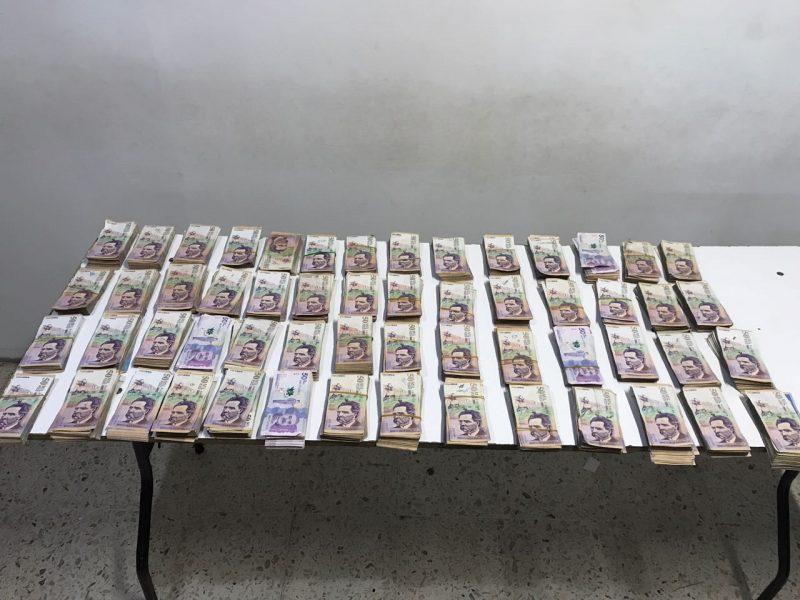 Autoridades incautaron 300 millones de pesos en el aeropuerto Alfonso Bonilla Aragón