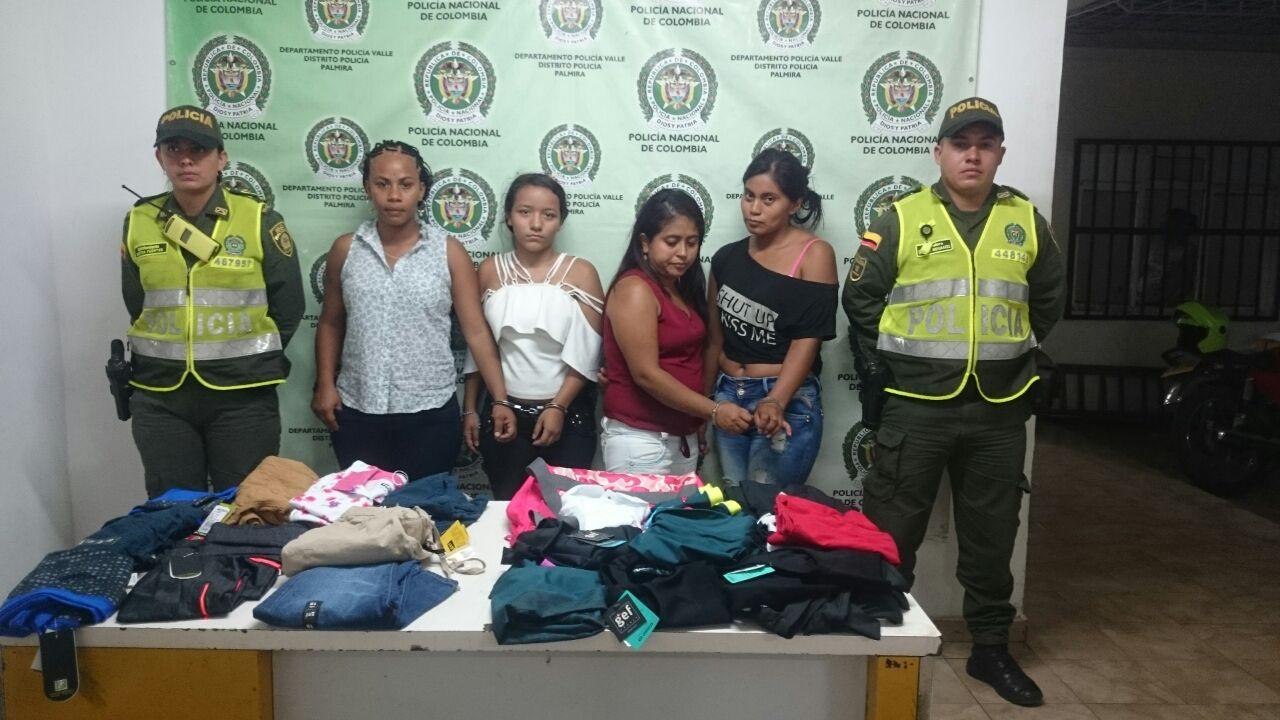 Capturadas cuatro mujeres por hurtar en reconocido centro comercial de Palmira