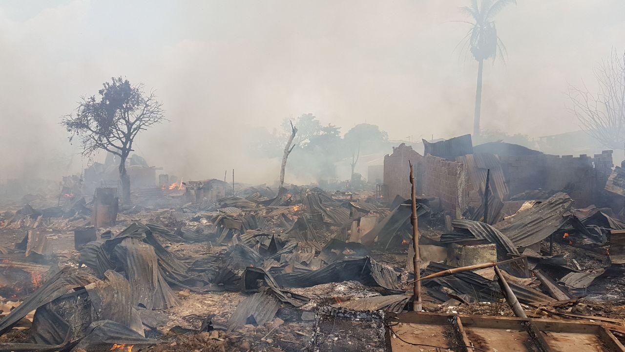 Incendio en Puerto Nuevo, Cali, dejó al menos 100 viviendas destruidas