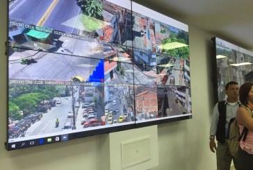 Inauguran sala de monitoreo en la Estación de Policía de Fray Damian, en Cali