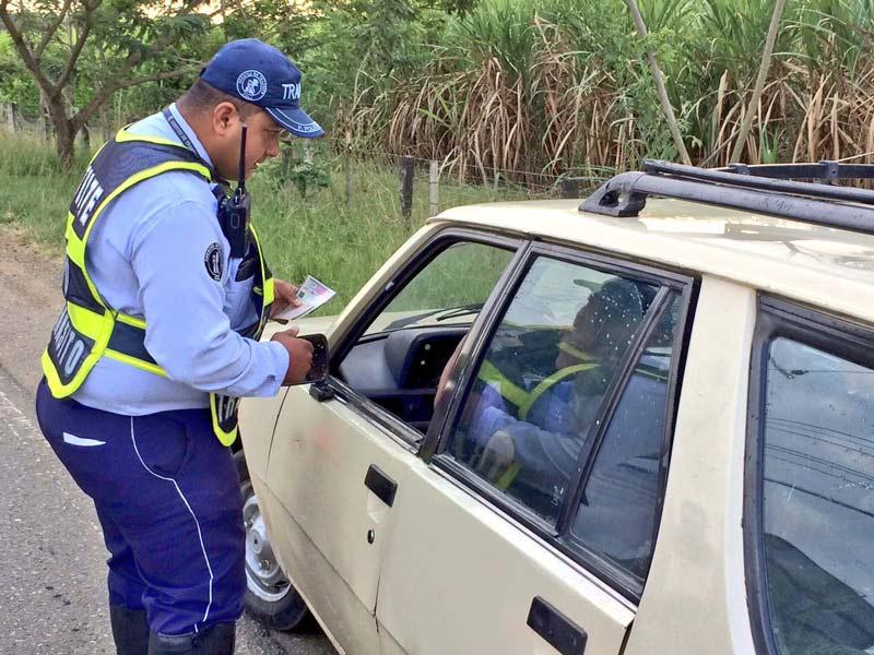 Operativos en la vía Cali – Jamundí buscan reducir el transporte 'pirata'