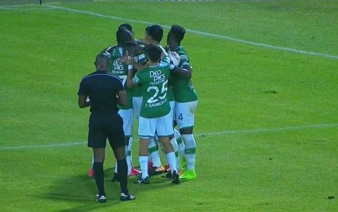 Con un solitario gol de Moiraghi el Deportivo Cali volvió al grupo de los 8