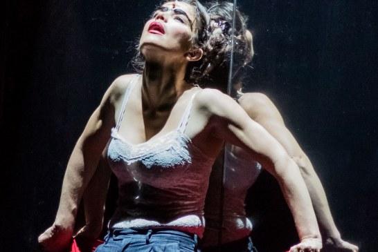 La actriz Flora Martínez regresa a Cali con la obra 'Frida Libre'