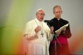 """""""Las personas homosexuales tienen derecho a una familia"""": Papa Francisco"""