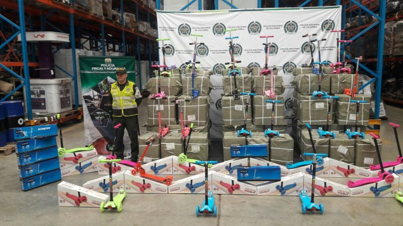 Incautan juguetería de contrabando avaluada en más de 41 millones en vía de Cali