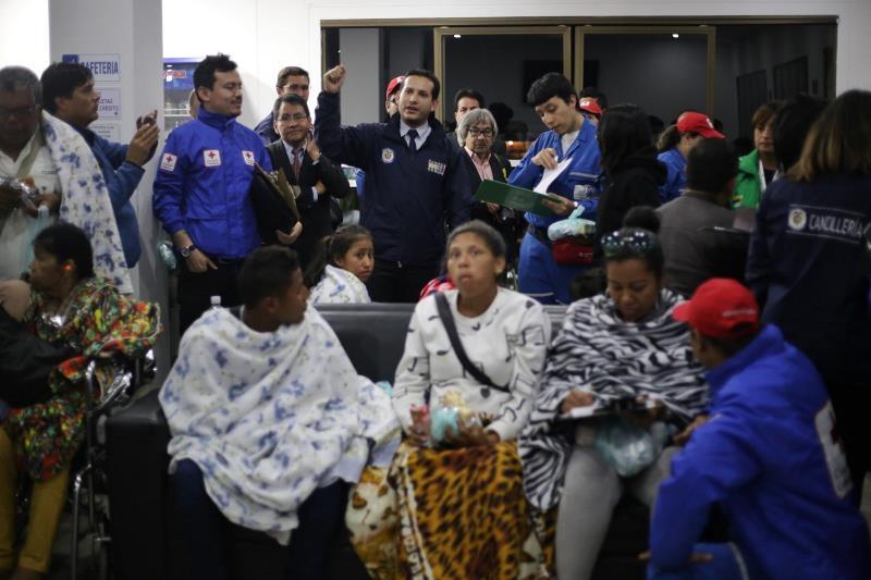 Cancillería ha evacuado más de cien personas de las zonas afectadas por huracanes