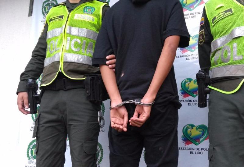 Cárcel a hombres que intentaron volarse por techo de estación de Policía de Cali