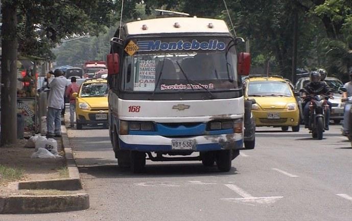 Conductores de buses públicos le propusieron al alcalde articular el servicio con el Mío