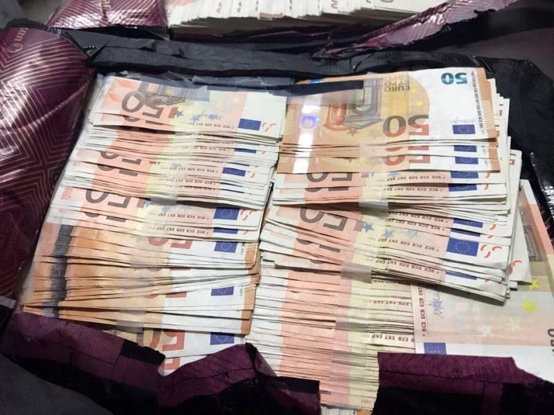 Policía incautó más de 150 mil euros en el Aeropuerto Alfonso Bonilla Aragón