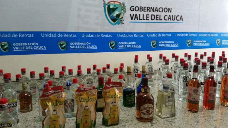 Autoridades incautaron 90 unidades de licor ilegal en Dagua y Jamundí