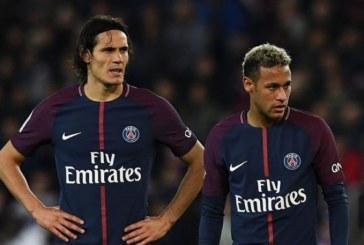 Así fue la discusión entre Neymar y Cavani en el partido frente a Lyon
