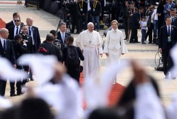 En la Casa de Nariño el Presidente Santos recibió al papa Francisco