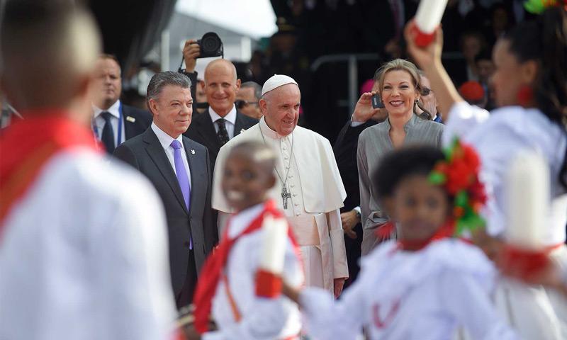 'No se dejen vencer, no se dejen engañar, no se dejen robar la esperanza': papa Francisco