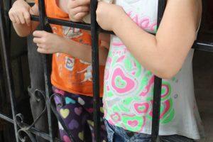 Policía de Infancia y Adolescencia rescató a dos menores de edad en el barrio Bretaña