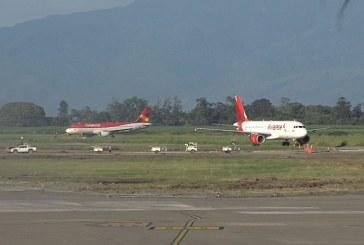 Gobernadora del Valle respaldó norma que prohíbe la entrada de vuelos internacionales