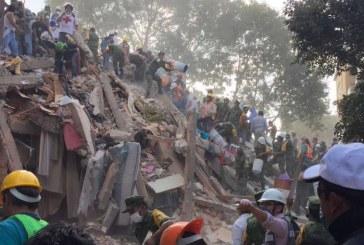 En video: México llora a sus muertos en medio de la devastación