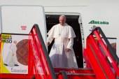 Primeras imágenes del papa Francisco tras su llegada a Colombia