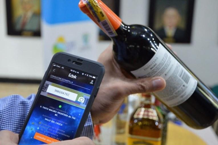 app-detectar-licor-contrabando-gobernacion-valle-31-10-2017