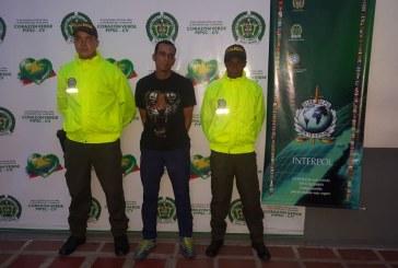 Ecuatoriano con circular roja de Interpol fue capturado en Cali