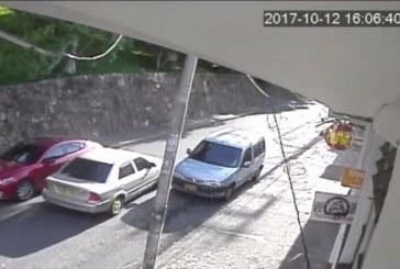 En video: exprotagonista de novela denuncia robo de su carro en el oeste de Cali