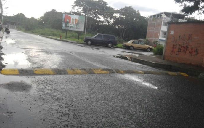 Habitantes de Palmira denuncian accidentes por reductores de velocidad ilegales