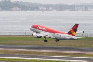 Procuraduría pide explicaciones a Iván Duque sobre préstamo a Avianca