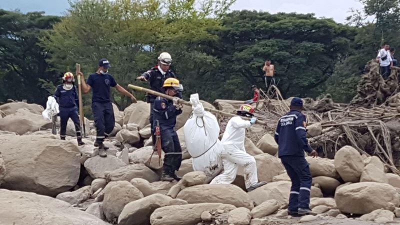 Bomberos de Cali hallan nuevo cadáver tras empalizada en Corinto, Cauca