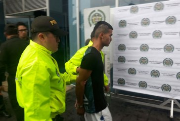 Capturan a hombre que agredió a una joven en estación 7 de Agosto del Mío