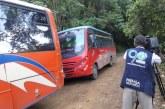 Recuperan buses robados por presuntos indígenas en vía Caloto-Corinto, en el Cauca