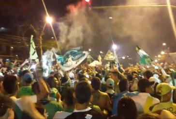 Video: Deportivo Cali cumple 105 años, hinchas celebraron con cantos y pólvora