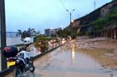 Desbordamiento del río Pance e inundaciones en barrios de Cali tras intensas lluvias