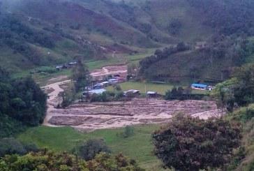 Evacuan a 36 familias de resguardo indígena en Morales, Cauca, por avalancha