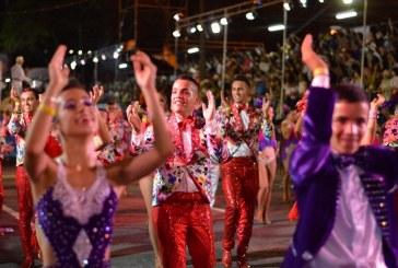 Avanza propuesta que permitiría consumir licor en algunas zonas durante la Feria de Cali