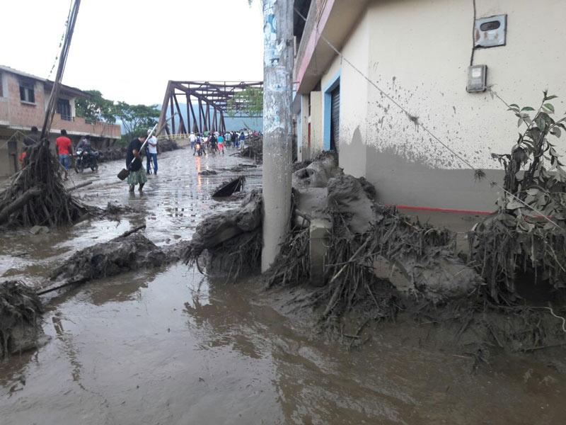 En imágenes: grave emergencia en Corinto, Cauca, por desbordamiento del río Paila