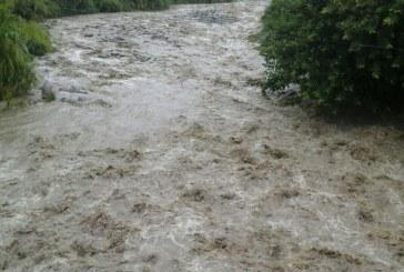 Intensas lluvias en Florida, Valle obligan a las autoridades a mantener alerta naranja