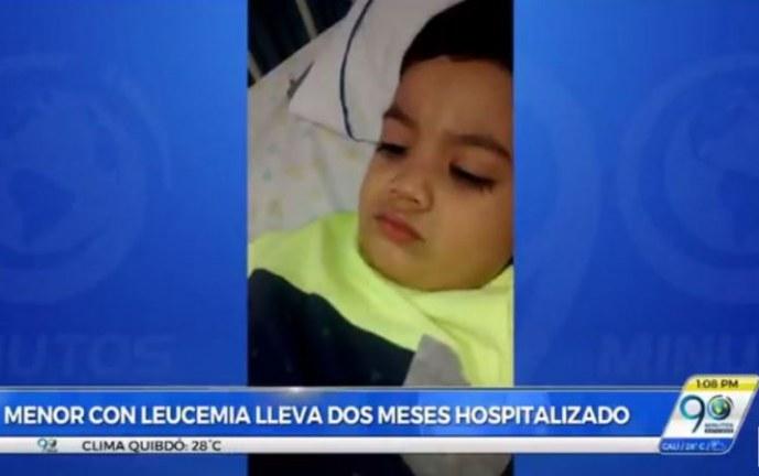 Padres de niño con leucemia piden ayuda para solventar gastos de tratamiento