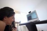 Dos modelos webcams cuentan secretos de su negocio en el ciberespacio